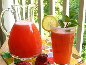 jagodova-limonada