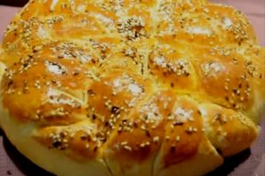 Великолепный хлеб; карусель; подойдет любой занятой домохозяйке (видео)