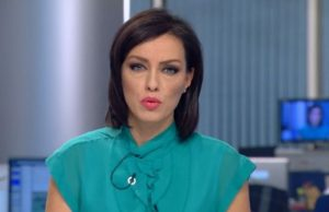 Чаровната новинарка е пълна с изненади