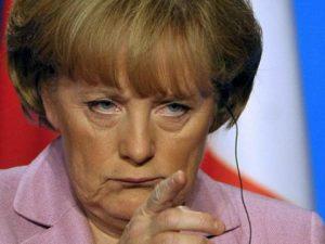 Ангела Меркел може да се окаже щерка на Адолф Хитлер