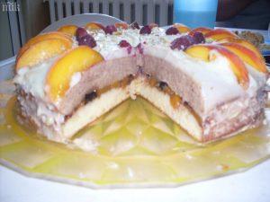 Торта Дани се прави много приятно и без усилие, но става разкошна