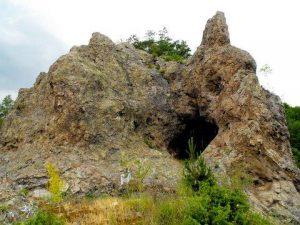 Илкая-вълшебният камък, който лекува