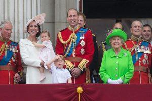 кралица Елизабет Втора