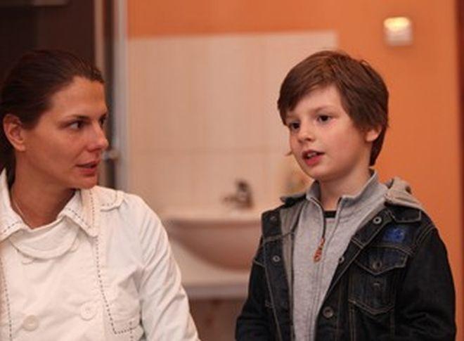 Димитър Рачков с майка си
