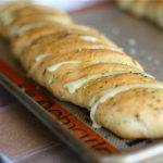 чесново хлебче с кашкавал