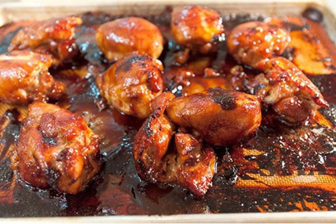 пилешки крилца в специален сос
