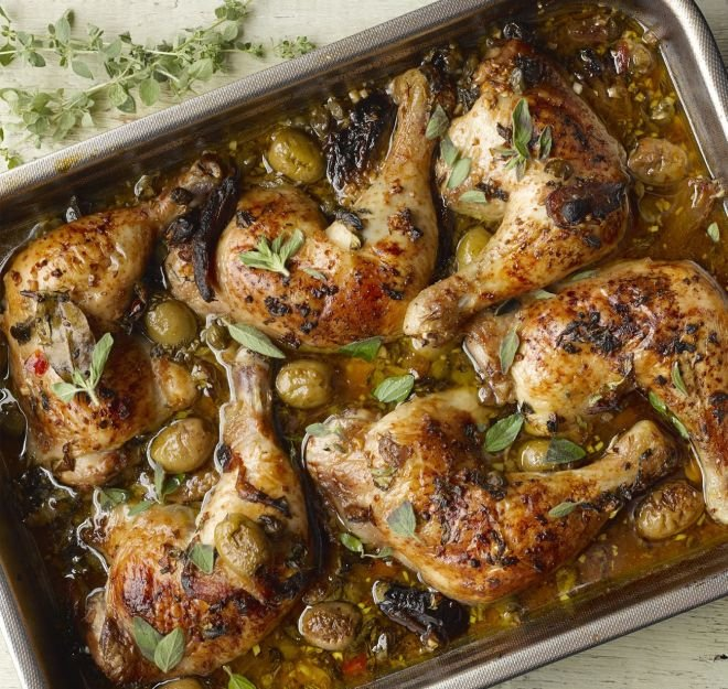 пиле с маслини и каперси