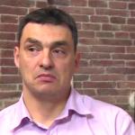 Владо Николов