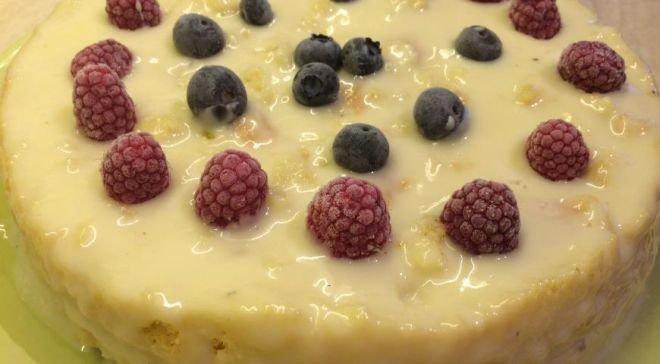 ванилов сладкиш с яйчен крем