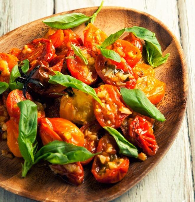 мезенце с печени домати