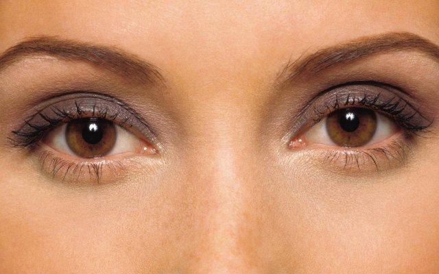 кафявите очи