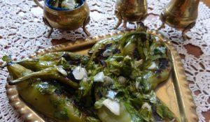 пукани люти рибки с медено-чеснова марината