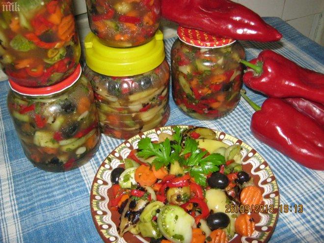 туршия - гръцка салата
