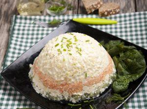 солена торта с руска салата