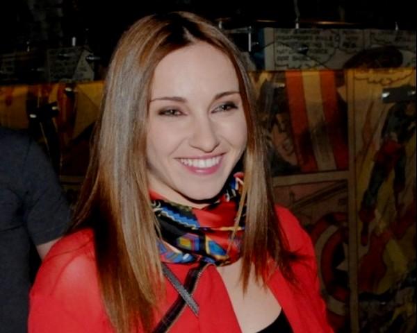 Алекс Раева