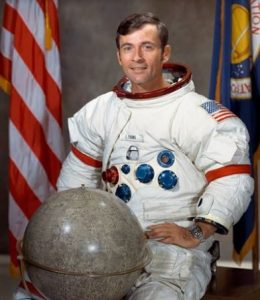 астронавт Луната