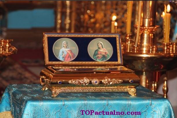 Чудотворни мощи на Света Галина и на Света Агатия - ако имате нужда от помощ, помолете им се