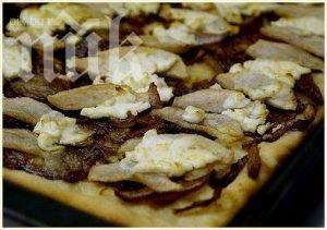 пълнозърнеста пица с гъби и пуешко филе