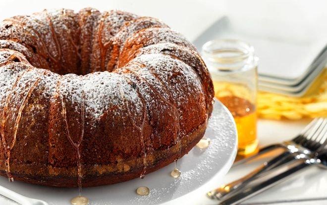 медена торта с ром