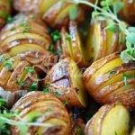 пресни печени картофки с чесънче