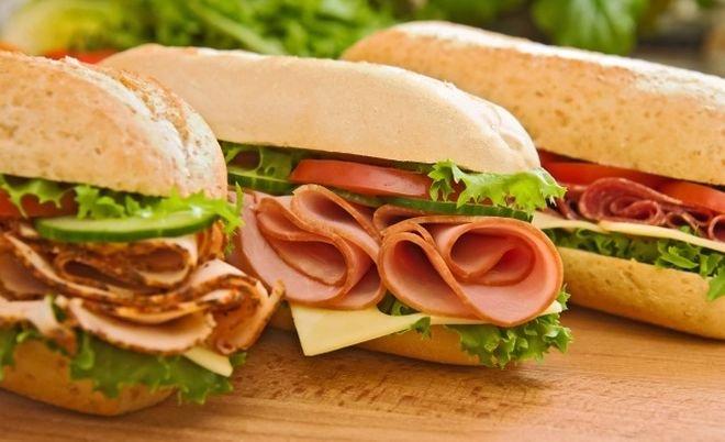 сандвичи с малки хлебчета