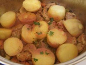 свинско с картофи по френска рецепта