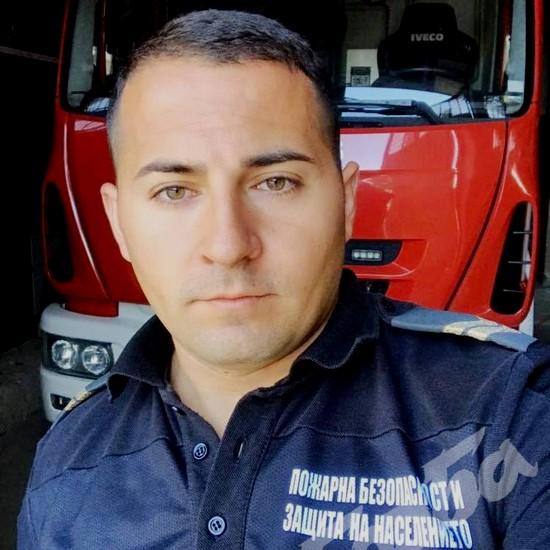 пожарникар Борислав Борисов
