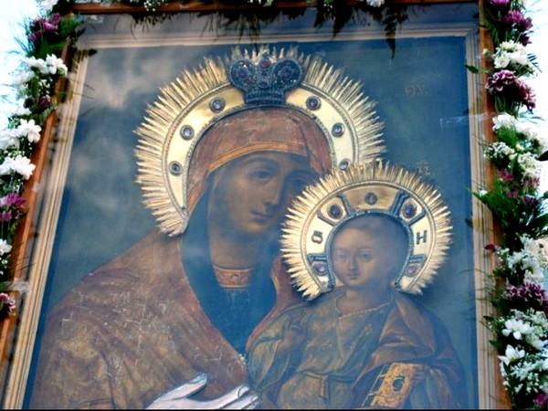 """чудотворна икона """"Пресвета Богородица"""