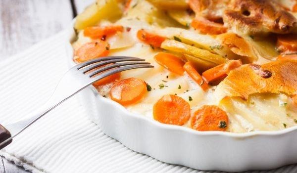 сочни картофи на фурна