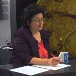 Емилия Петрова прави изчисления