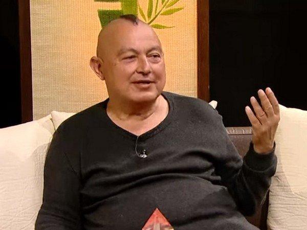 Д-р Стоилов