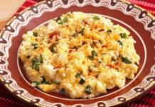 бъркани яйца на тиган
