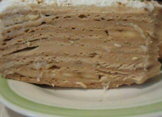 медена торта с банани